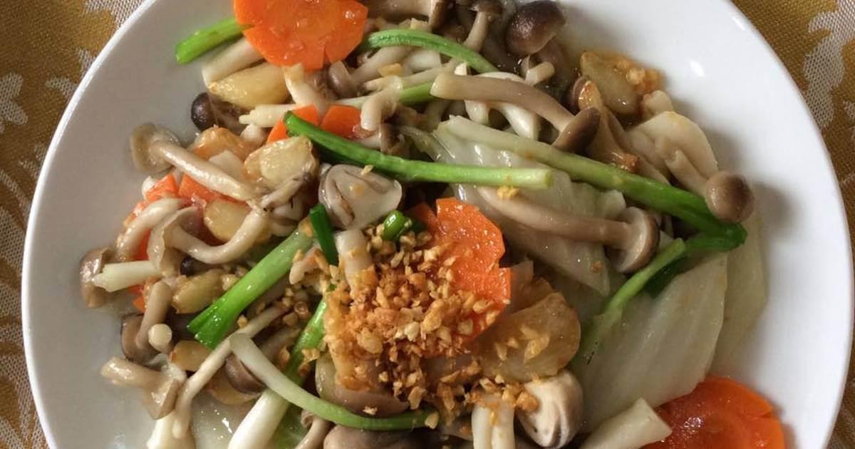 Termite Mushroom Sauteed With Garlic