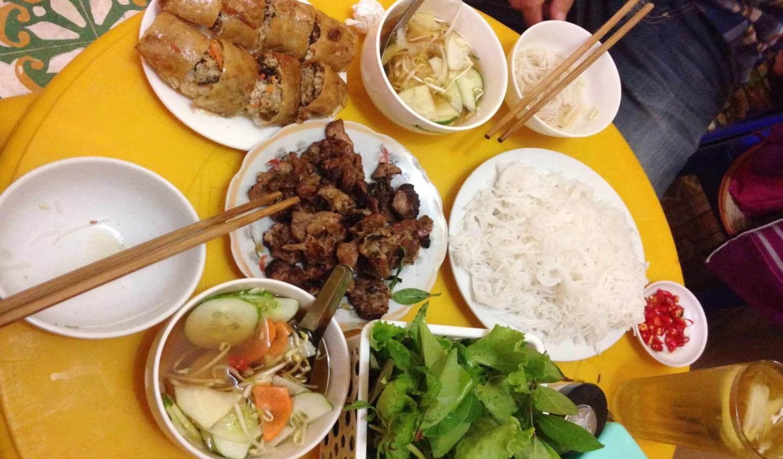 Bún Chả Quạt Nguyễn Bình