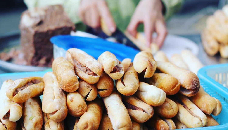 Bánh Mì Que Cay Đinh Tiên Hoàng