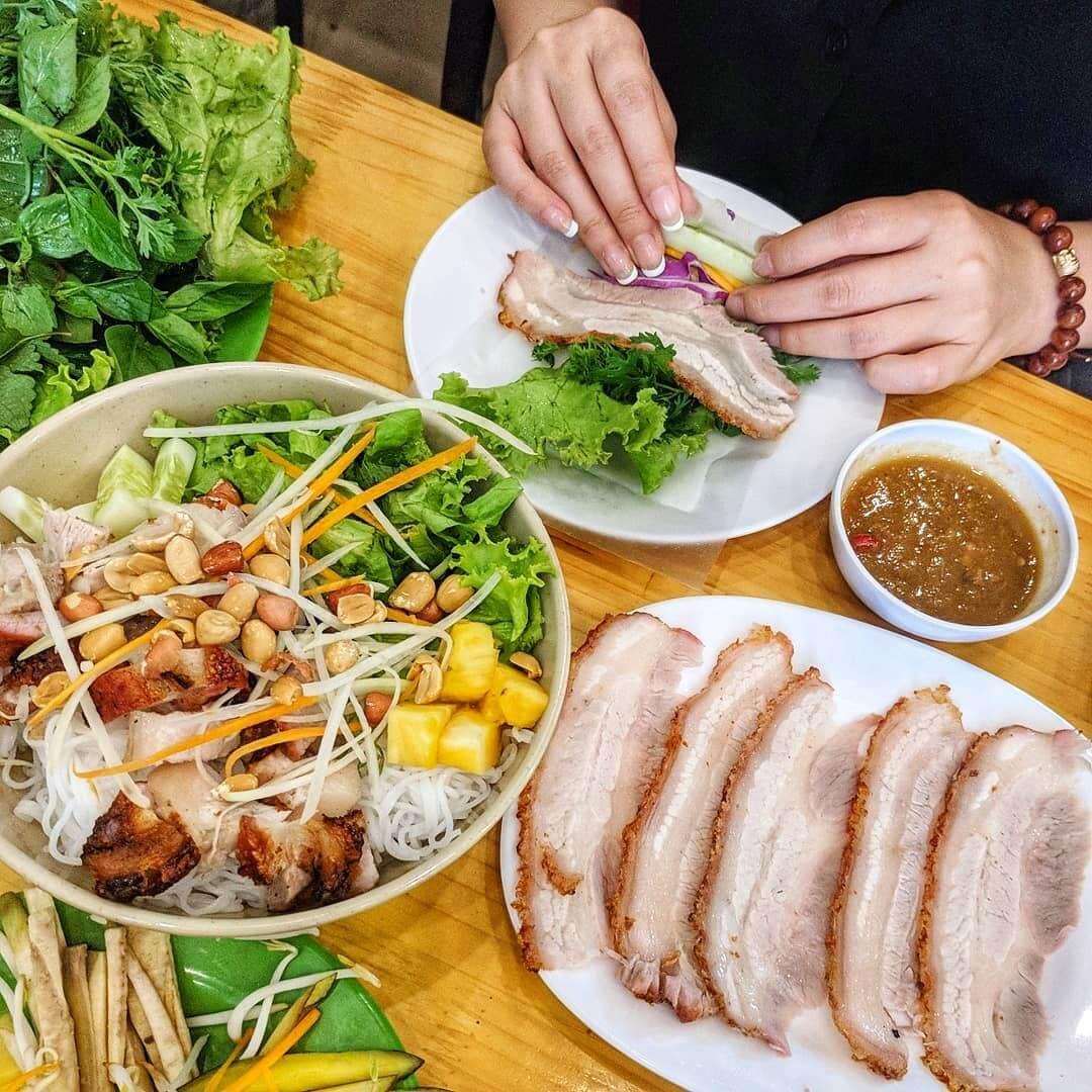 Bánh Tráng Cuốn Thịt Heo Nguyễn Trãi