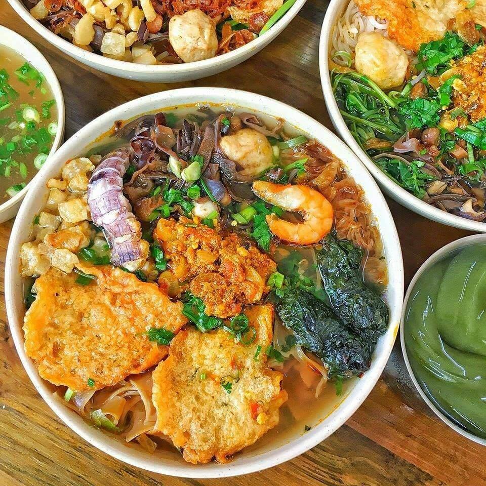 Bánh Đa Cua Đồng – Lạch Tray