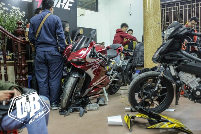 dán xe máy Hà Nội