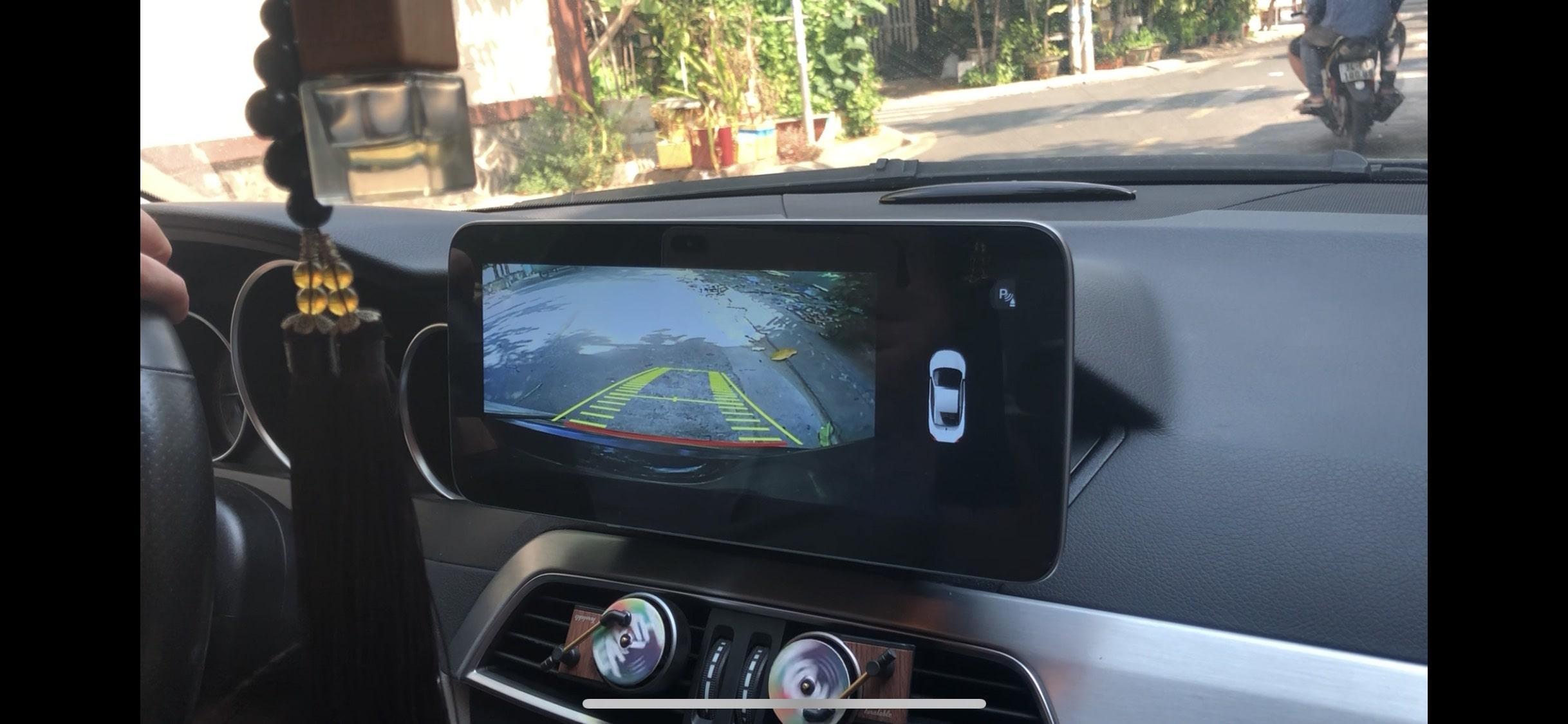 thiết bị định vị xe ô tô