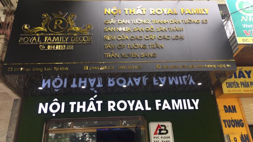 Royal Family Decor